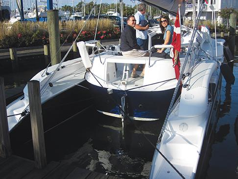 Boat Test Dragonfly 32 Multiyb Multihull Yacht Brokerage